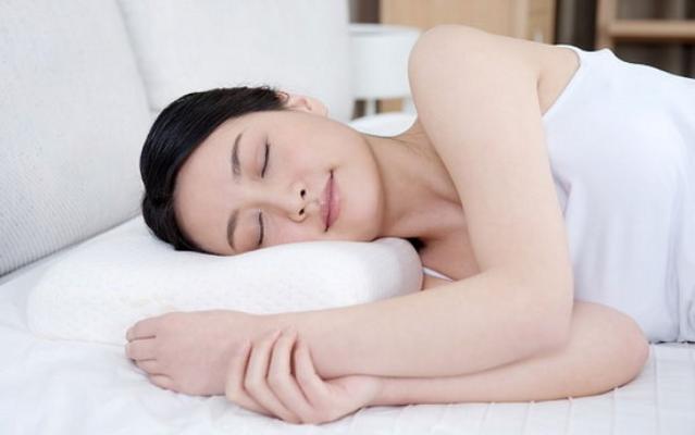Chăm sóc ngực nhỏ đúng cách cho vòng 1 nở nang hơn