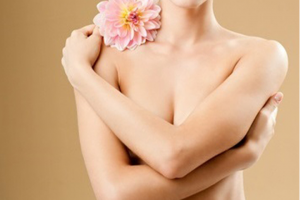Cách làm hồng nhũ hoa bằng mật ong – Chia sẻ của bà mẹ 1 con