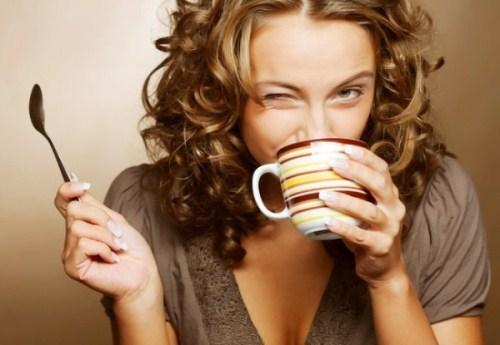 Cách làm cho ngực nhỏ lại bằng uống cafe mỗi ngày