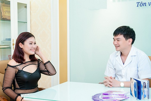 Bao nhiêu tuổi thì được nâng ngực?