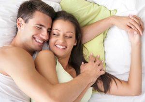 Phẫu thuật nâng ngực có cần kiêng quan hệ?
