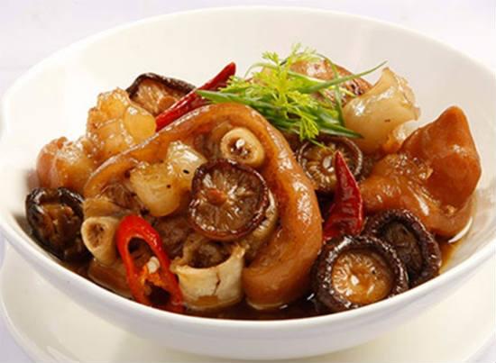 Top 5 thực phẩm cải thiện vòng 1 chảy xệ cực hiệu quả-1